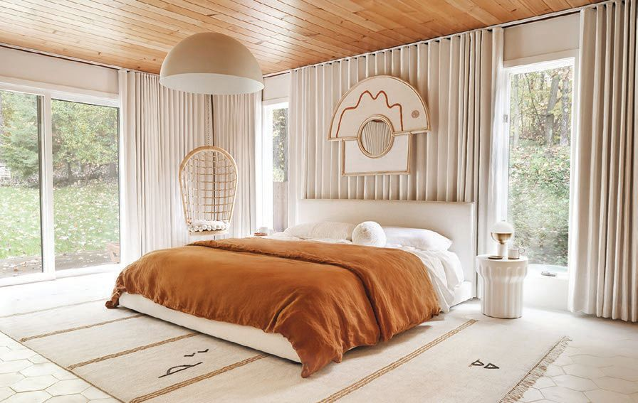Sarah Sherman Samuel, also available for consultations on The Expert, designed this bedroom in soothing tones PHOTO COURTESY OF: MATTHEW WILLIAMS AND JOHN STOFFER